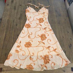 ❤️2/$29❤️Floral Women's Dress in beige